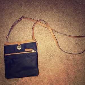 Micheal Kors crossover body pursue